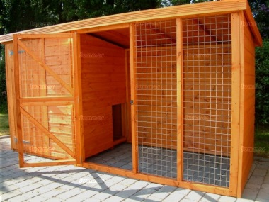 Shiplap Pent Kennel and Run 30